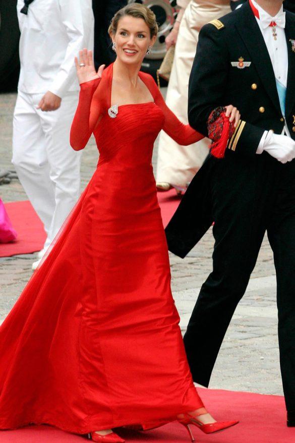 PURA LOPEZ letizia_ortiz_reina españa vestido rojo lorenzo carprile ZAPATOS PURA LOPEZ 268488302