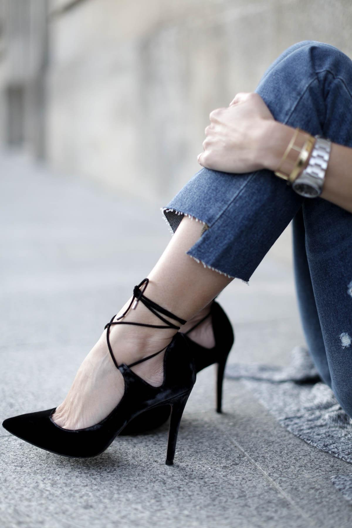 zapatos de terciopelo con cordones pura lopez