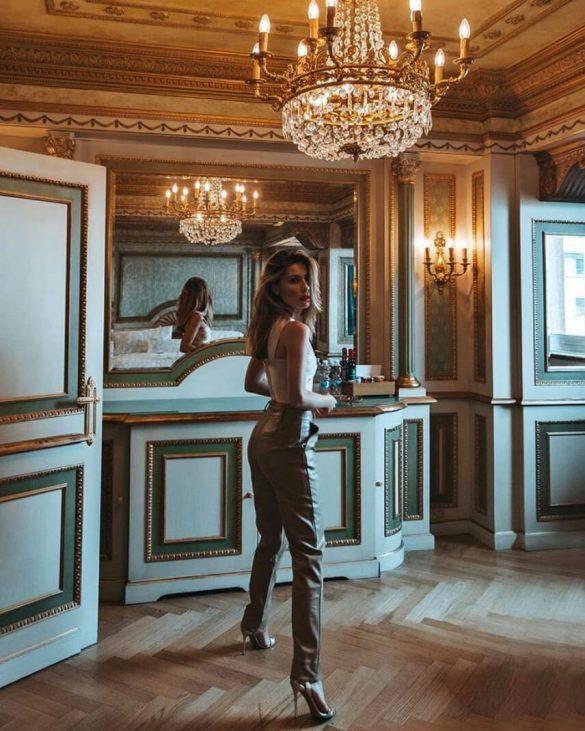 Valentina marzullo look de fiesta con sandalias doradas