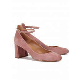 Ankle strap mid heel shoes in pink suede Pura López