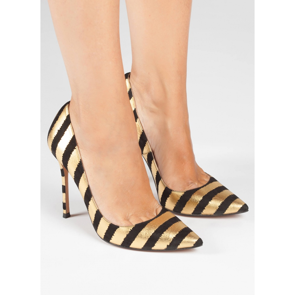 Black-gold striped high heel pumps