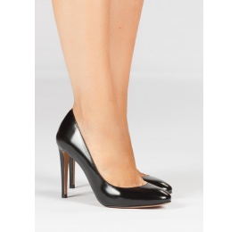 High heel shoes in black glossed leather Pura López
