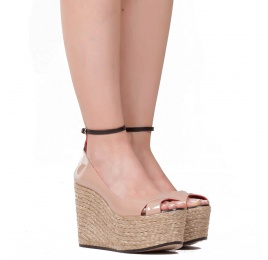 Ankle strap wedge sandals in nude patent leather Pura López