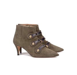 Button-embellished mid heel ankle boots in army green suede Pura López
