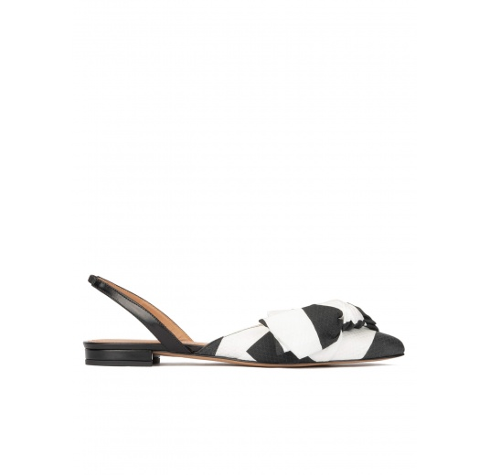 Bow detailed point-toe flats in black and white fabric Pura López