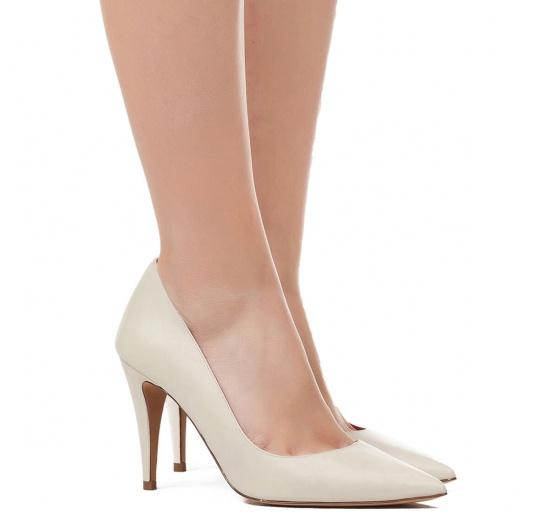 High heel pumps in cream leather Pura L�pez