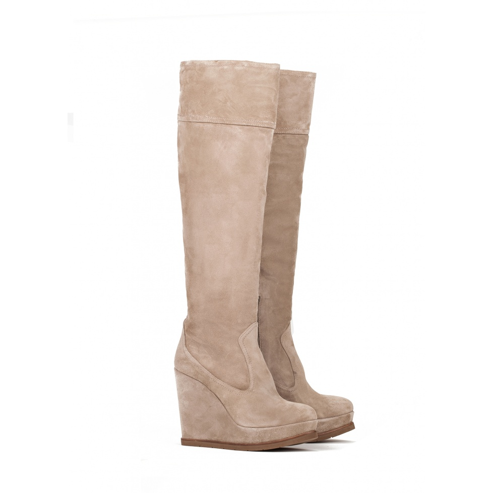 Wedge boots in taupe suede - online shoe store Pura Lopez
