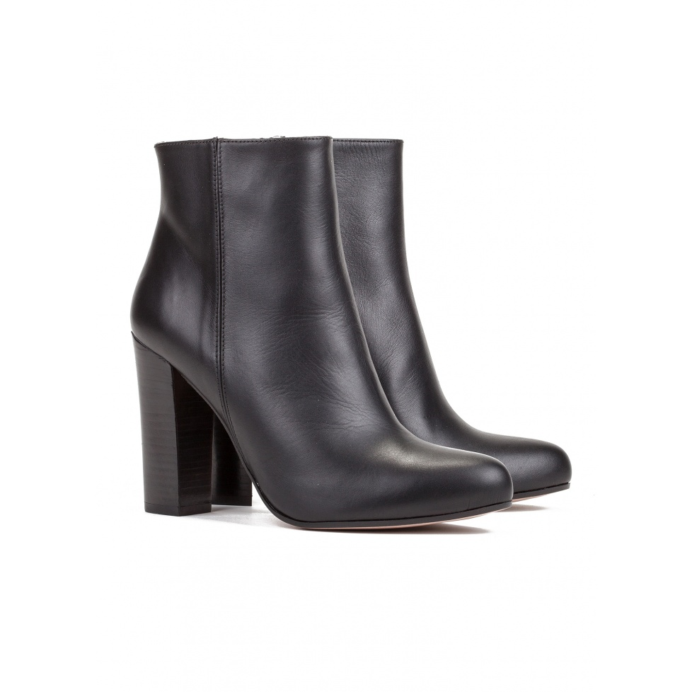 High heel ankle boots in black leather-online shoe store Pura Lopez