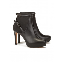 Mid heel ankle boots in black leather Pura López