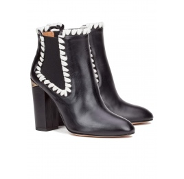 Elasticated high block heel ankle boots in black leather Pura López
