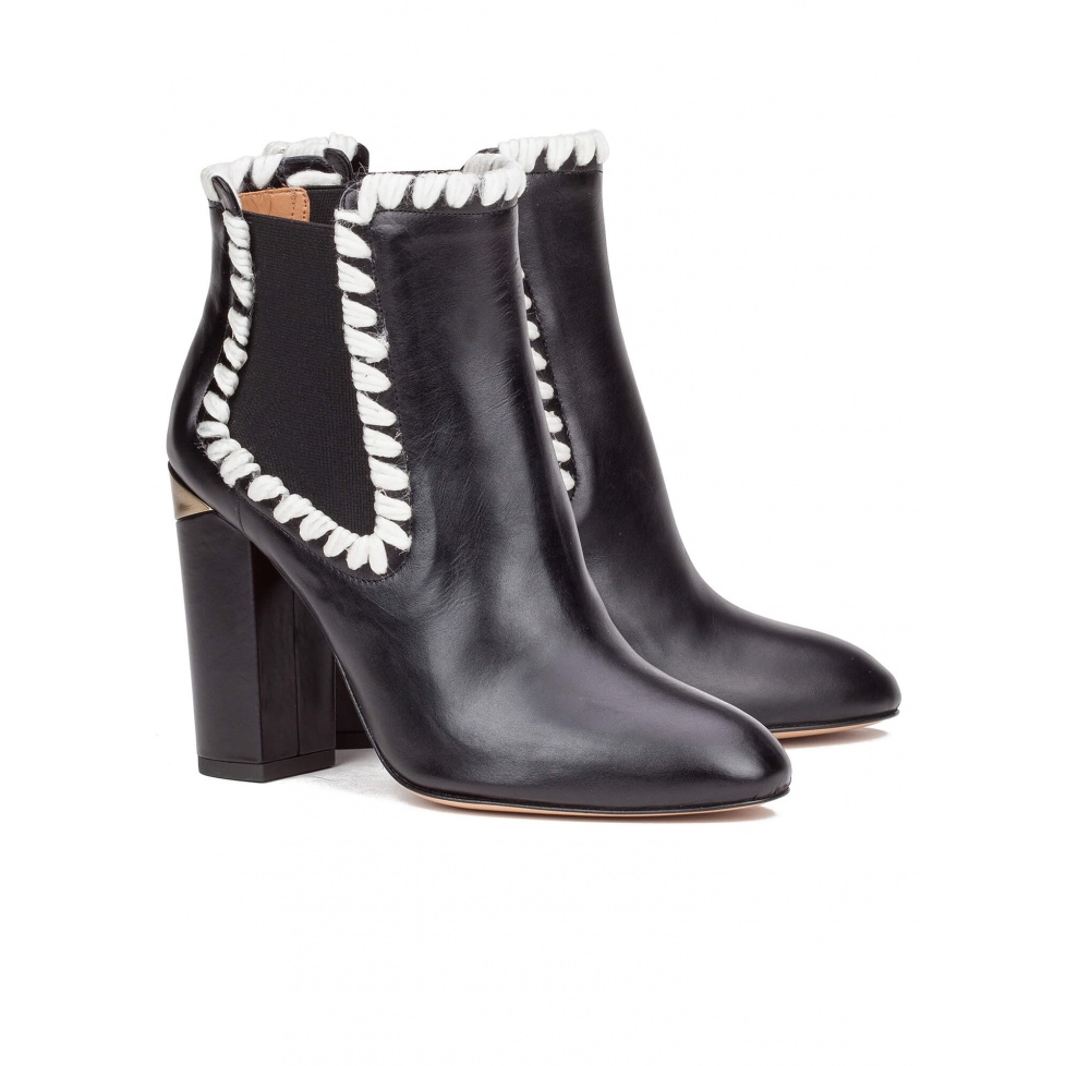 Black lace-up heeled ankle boots - online shoe store Pura Lopez
