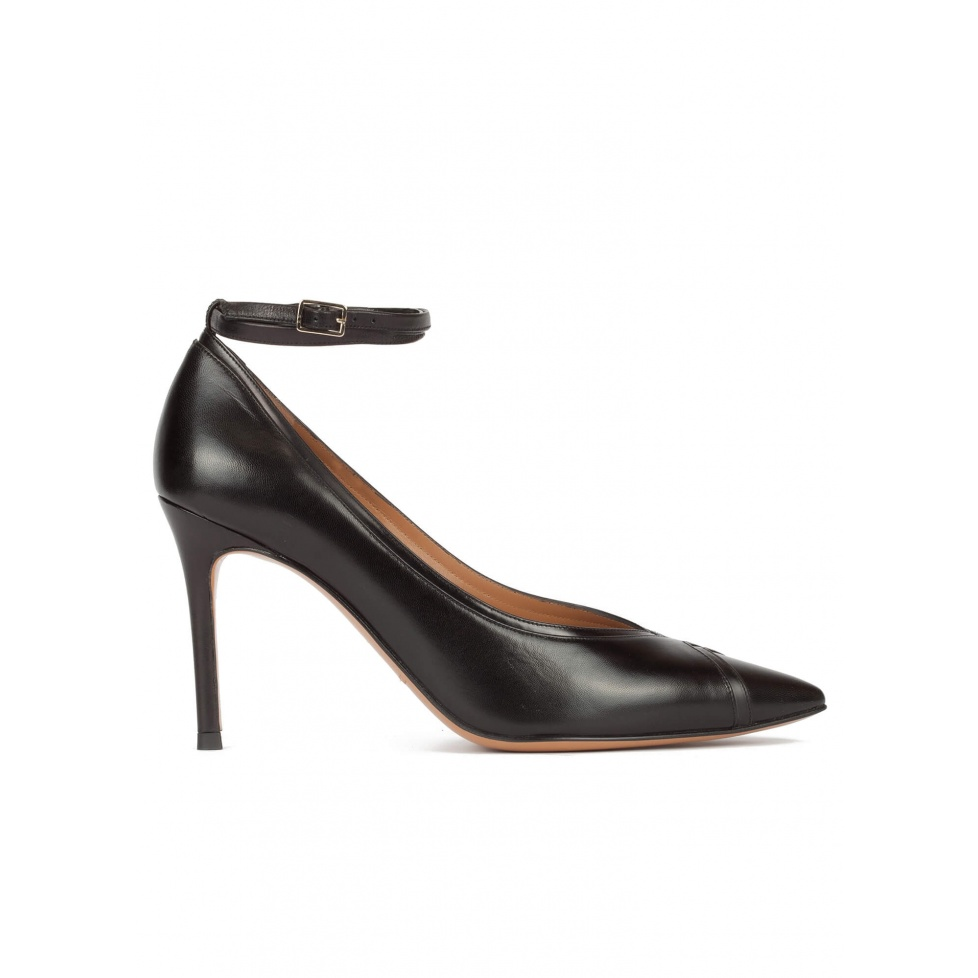 Ankle strap pointed toe pumps in black leather