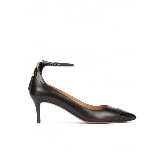 Ankle strap point-toe mid heel pumps in black leather Pura L�pez