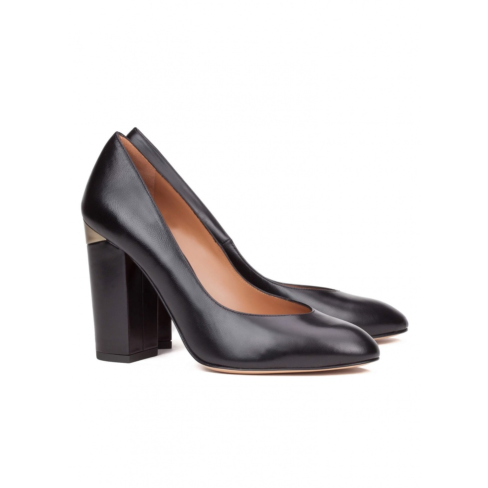 High heel pump in black leather - online shoe store Pura Lopez