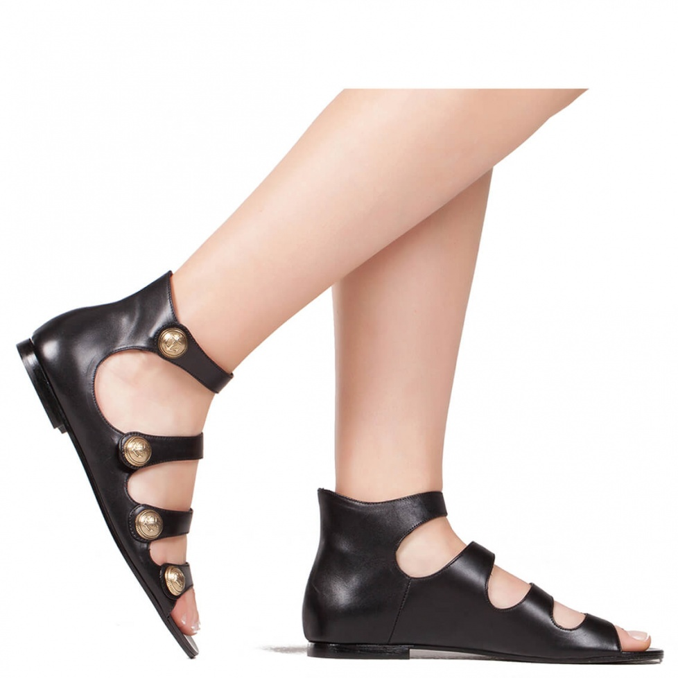Sandalias planas negras en piel - tienda de zapatos Pura López