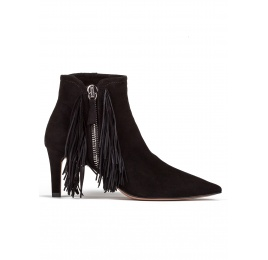 Fringed mid heel ankle boots in black suede Pura López