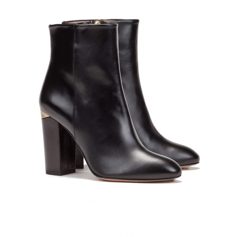 Botines de tacón negros en piel - tienda de zapatos Pura López