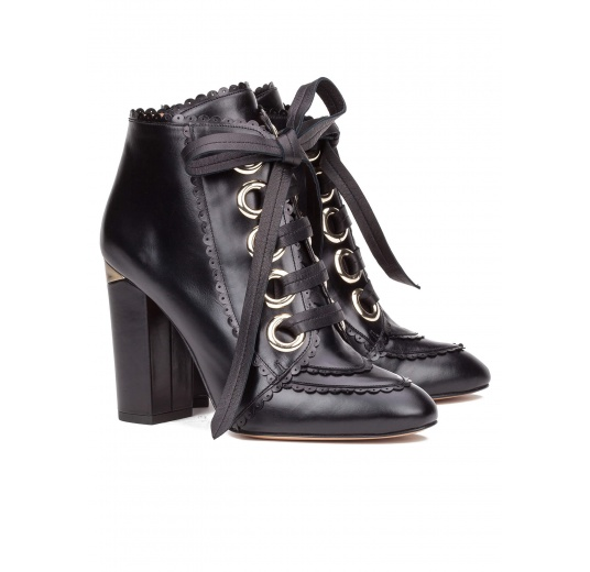Lace-up high block heel ankle boots in black leather Pura L�pez