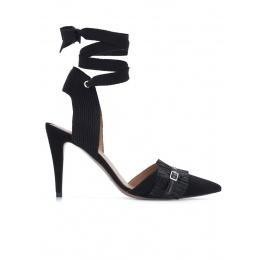 Zapatos negros destalonados de tacón alto Pura López