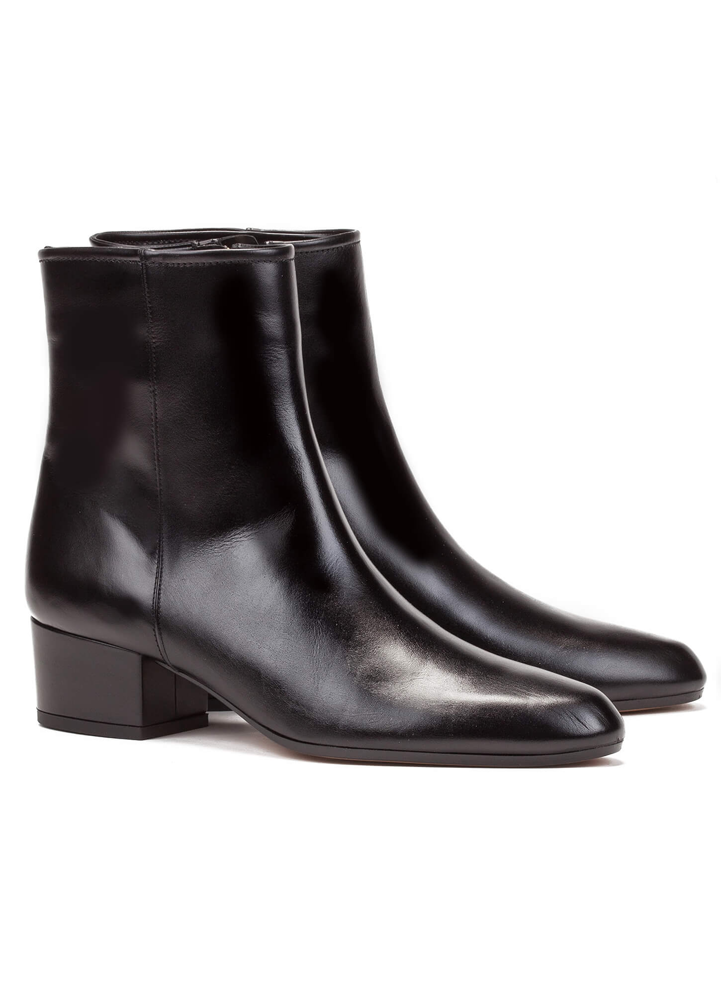 24ca92acb03 Low heel ankle boot in black leather - online shoe store Pura Lopez ...