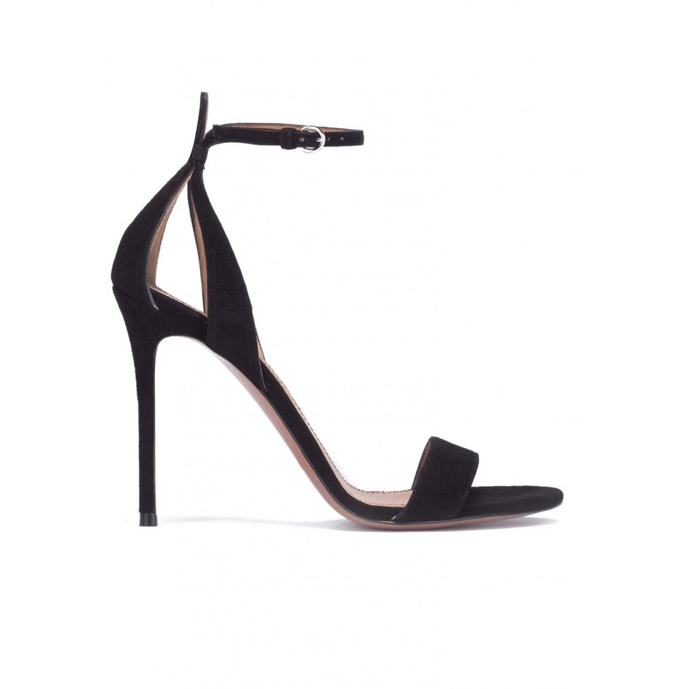 Sandalias negras de tacón alto en ante