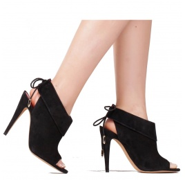 Lace-up high heel sandals in black suede Pura López