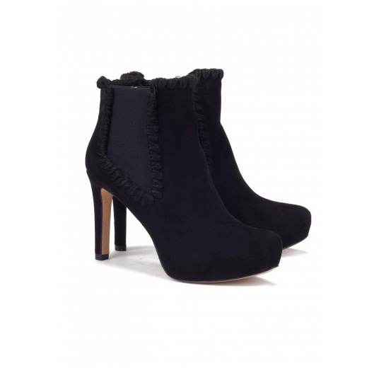 Elasticated mid heel ankle boots in black suede Pura López