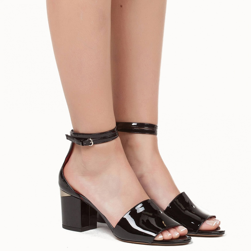 Ankle strap sandals in black patent - shoe store Pura López