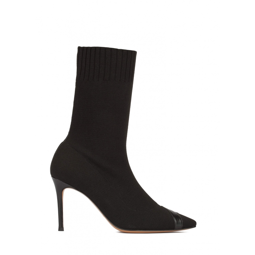 Black ribbed-knit high heel point-toe ankle boots