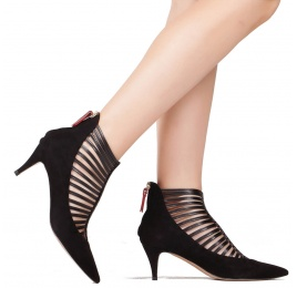 Strappy mid heel shoes in black suede and leather Pura López