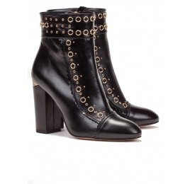 Studded high block heel ankle boots in black leather Pura López