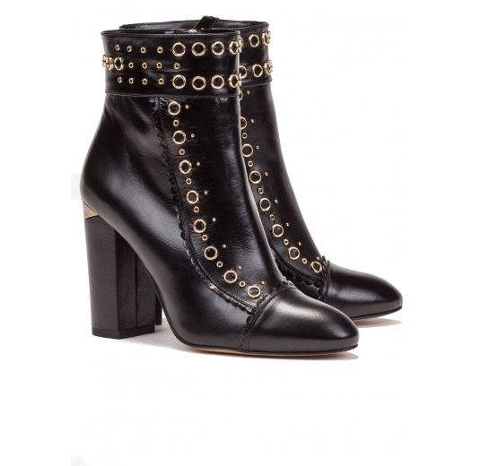 Studded high block heel ankle boots in black leather Pura L�pez