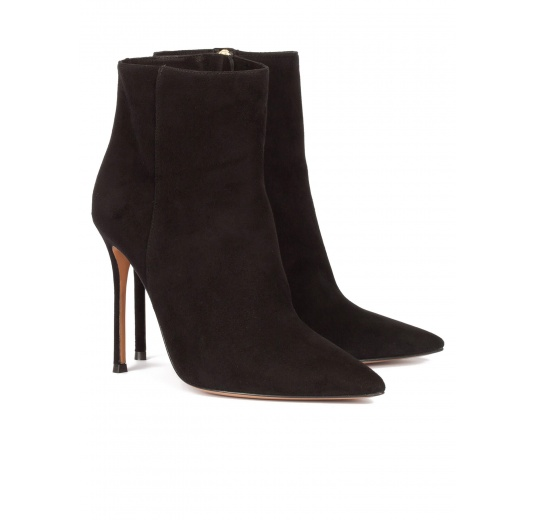 High heel point-toe ankle boots in black suede Pura L�pez