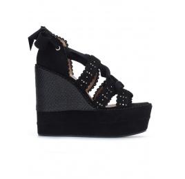 Sandalias negras atadas con cuña Pura López