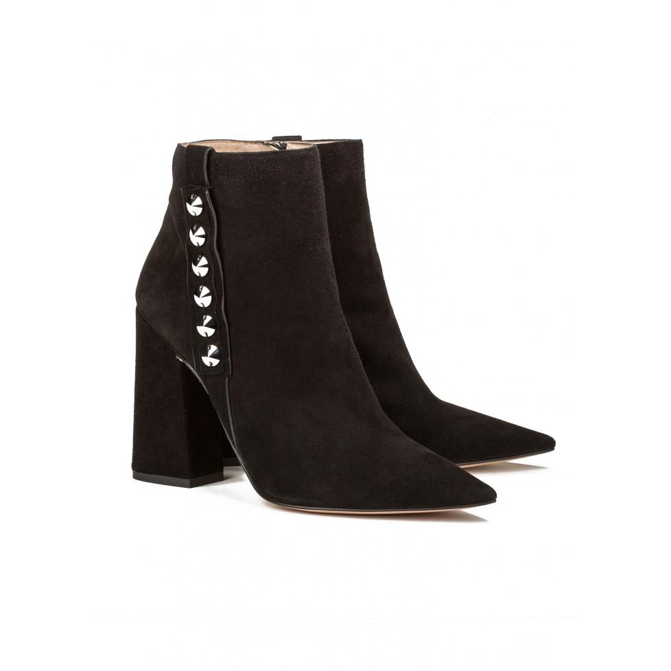 Botines negros de tacón alto en ante - tienda de zapatos Pura López