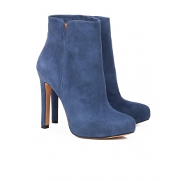 High heel ankle boots in navy blue suede Pura López