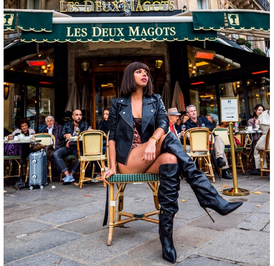 Heeled pointy toe boots in black leather Pura L�pez