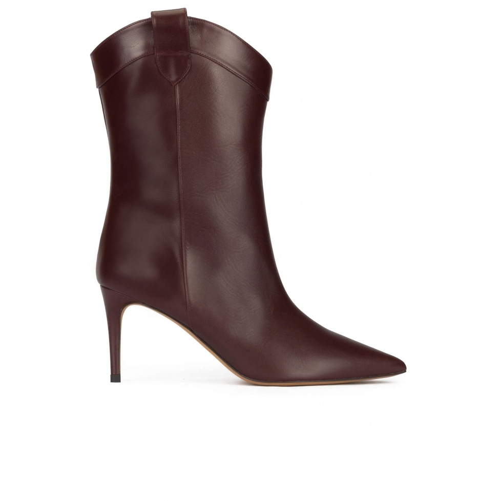 Cowboy mid heel pointy toe boots in burgundy leather