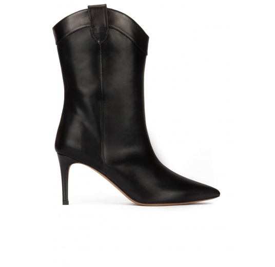 Cowboy mid heel point-toe boots in black leather Pura L�pez