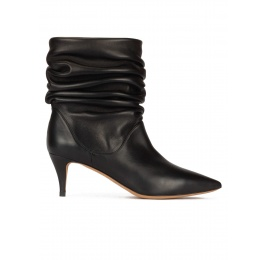 Slouchy mid-heeled ankle boots in black nappa leather Pura López