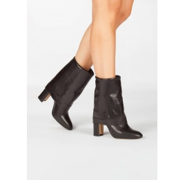 Black leather folded high block heel boots Pura López