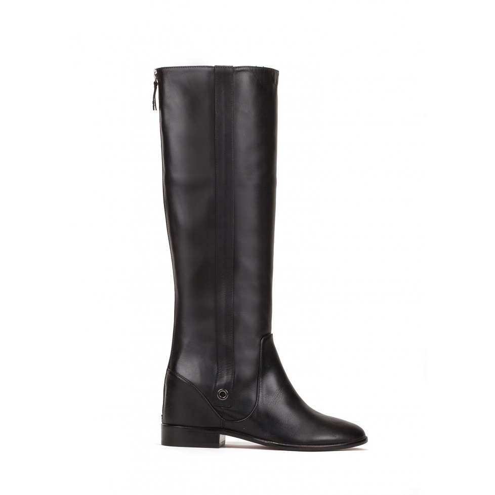 Concealed wedge boots in black leather