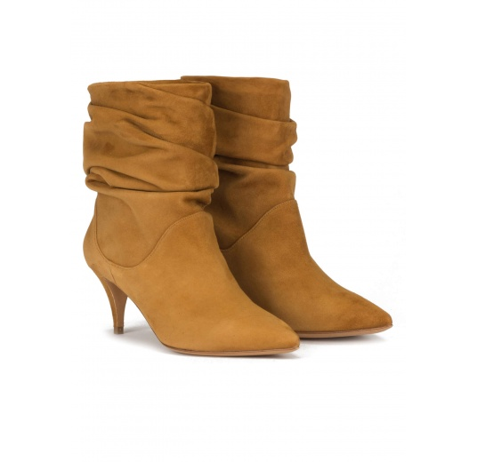 Slouchy mid heel ankle boots in chestnut suede Pura L�pez