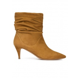Slouchy mid heel ankle boots in chestnut suede Pura López