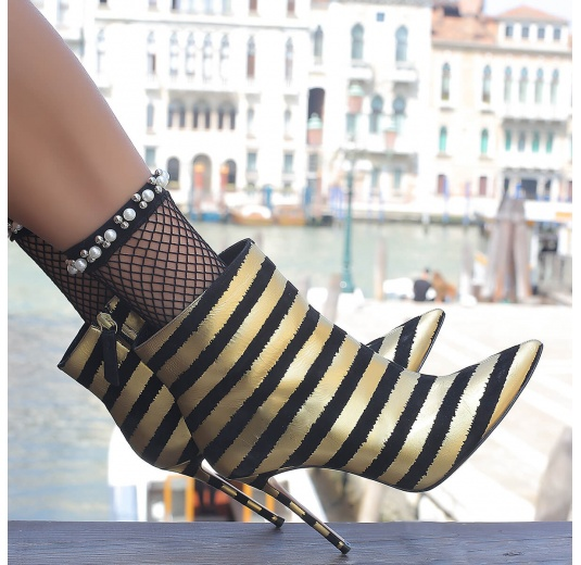 Striped high heel pointy toe ankle boots in red and black leather Pura L�pez