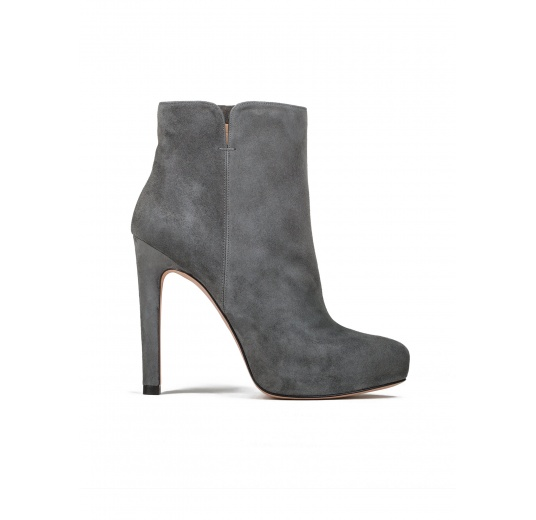 High heel ankle boots in grey suede Pura L�pez
