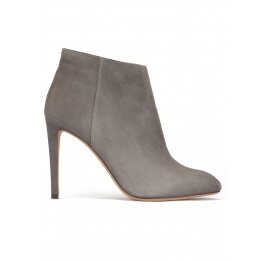 High stiletto heel almond shape toe ankle boots in grey suede Pura López
