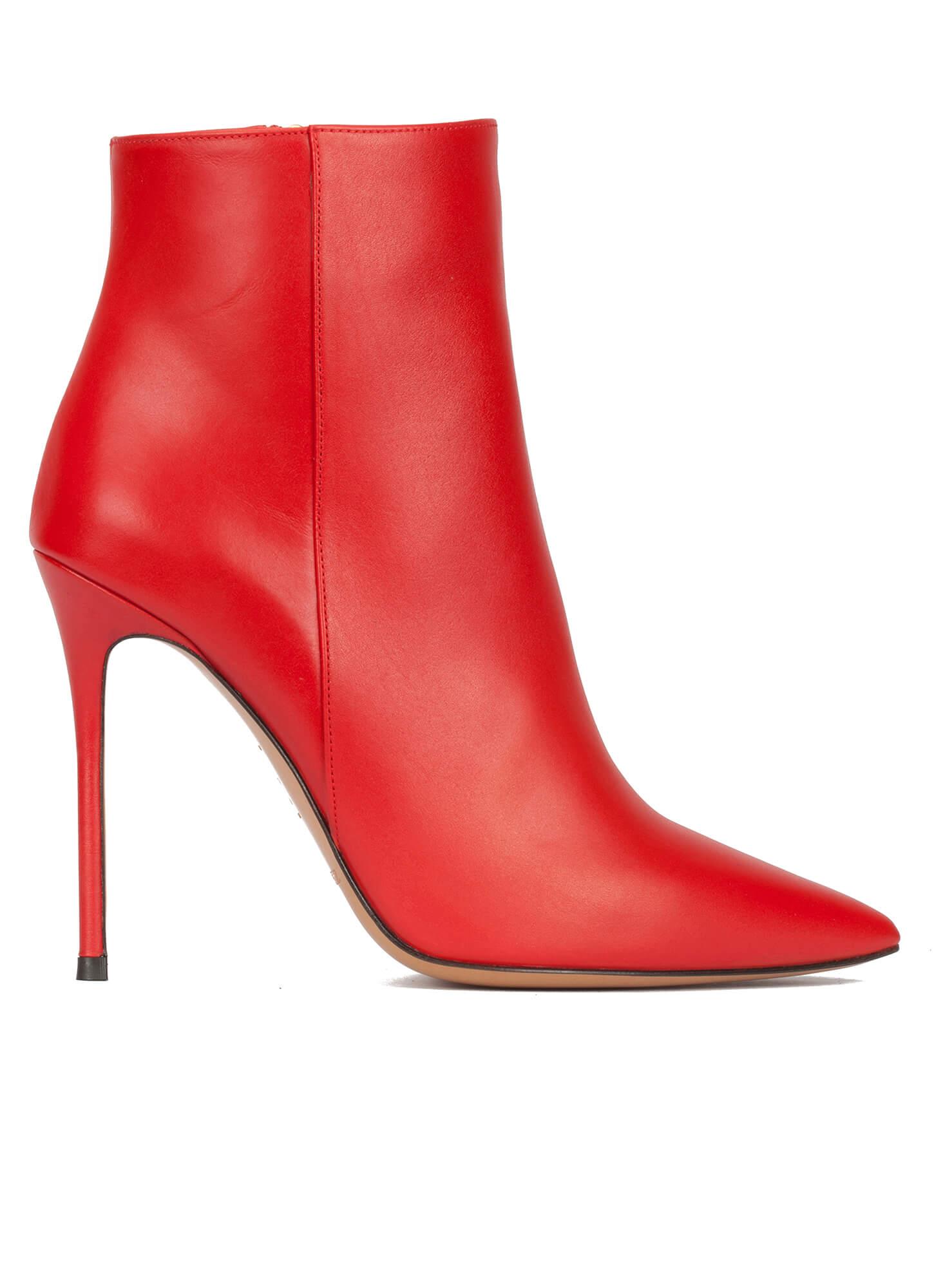 a95ead7692 Botines rojos de piel con punta fina y tacón stiletto ...