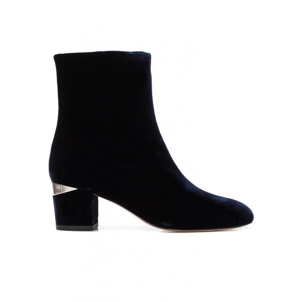 Mid heel ankle boots in night blue velvet