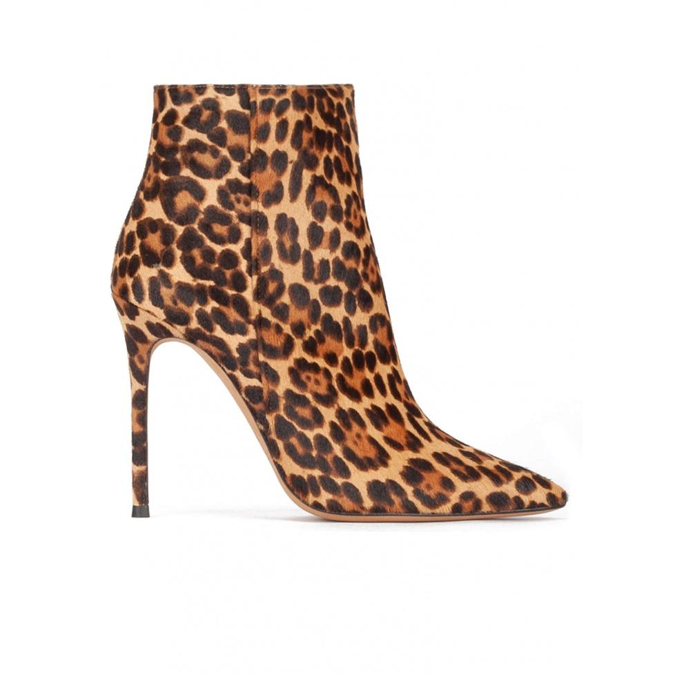 Botines de leopardo con tacón alto y punta fina